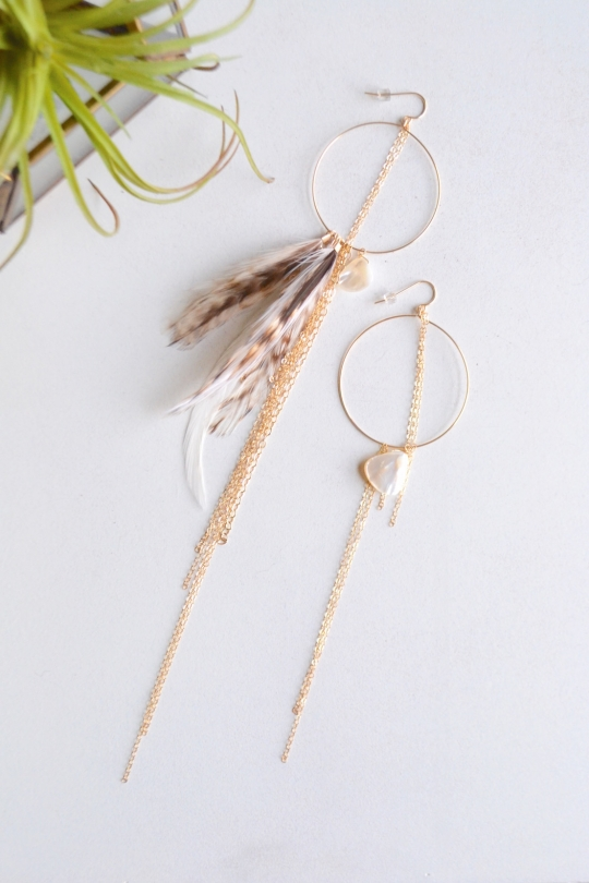 Rue Belle feather asymmetry earring