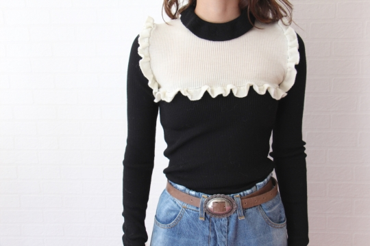 NORTHLAND bi-color frill knit