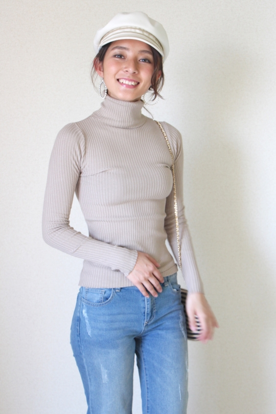 Belair simple rib turtle knit