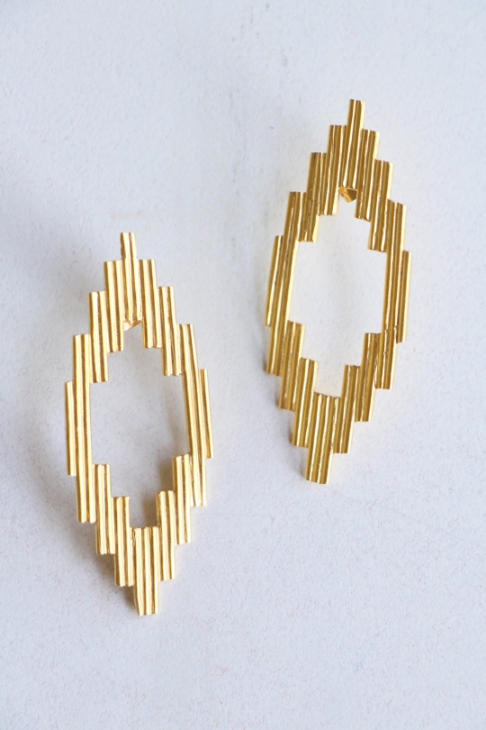 ikkelele ◇design earrings