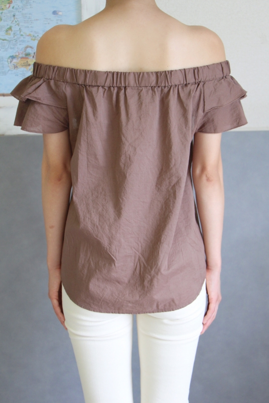 KONTATTO brown off-shoulder blouse