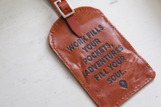 TWO'S luggage tag