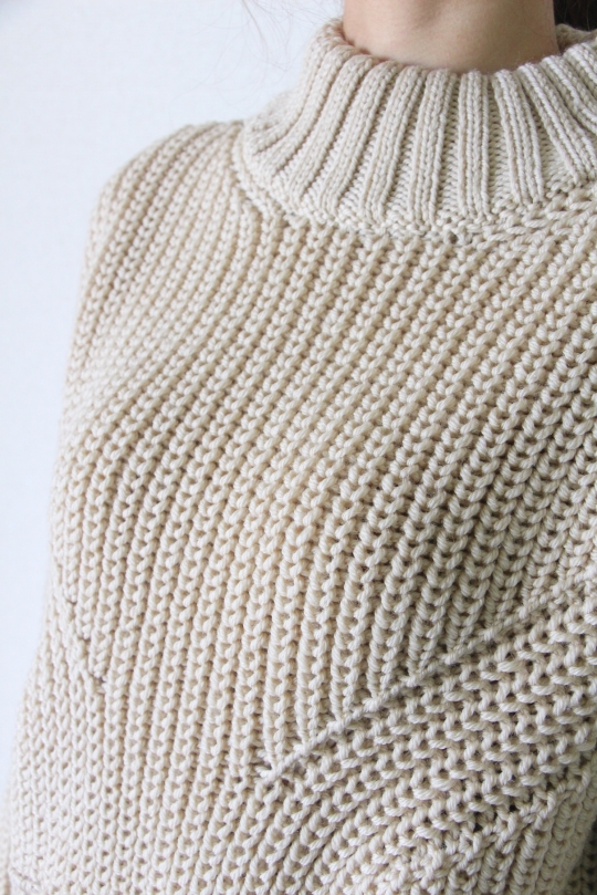 roberto collina high neck knit