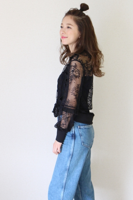 IMPERIAL Flower design lace blouse