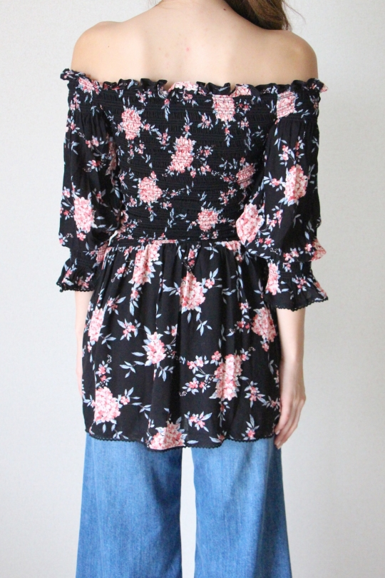 Skylar+madison flower off-sholder tunic
