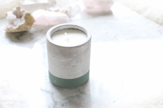 PADDYWAX bi-color candle S size