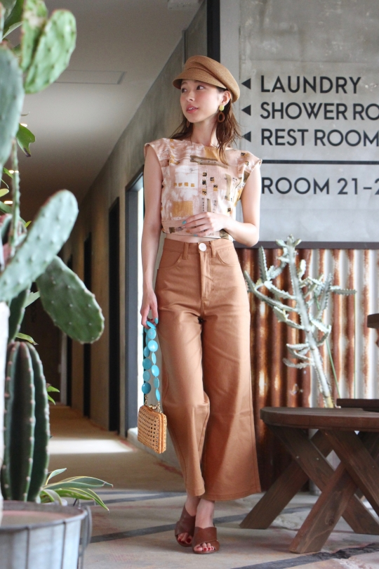 Whimsy+Row cotton camel pts