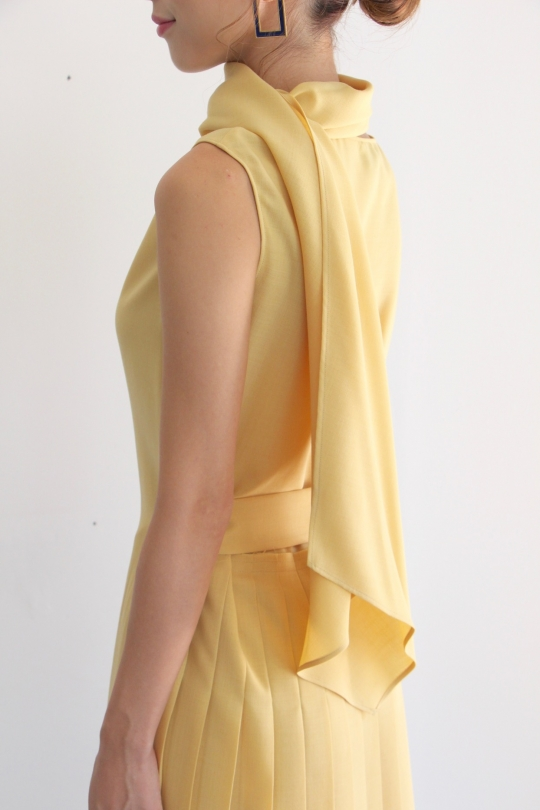 ALYSI asymmetry sleevless yellow dress