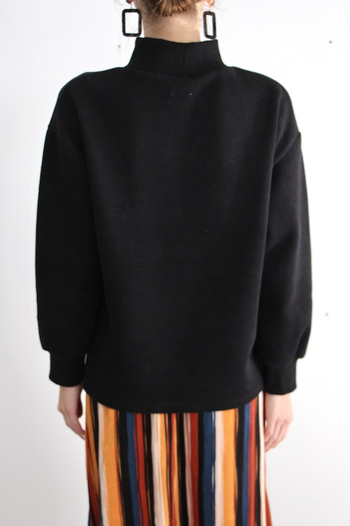 LaLaLei high-neck black knit TOPS