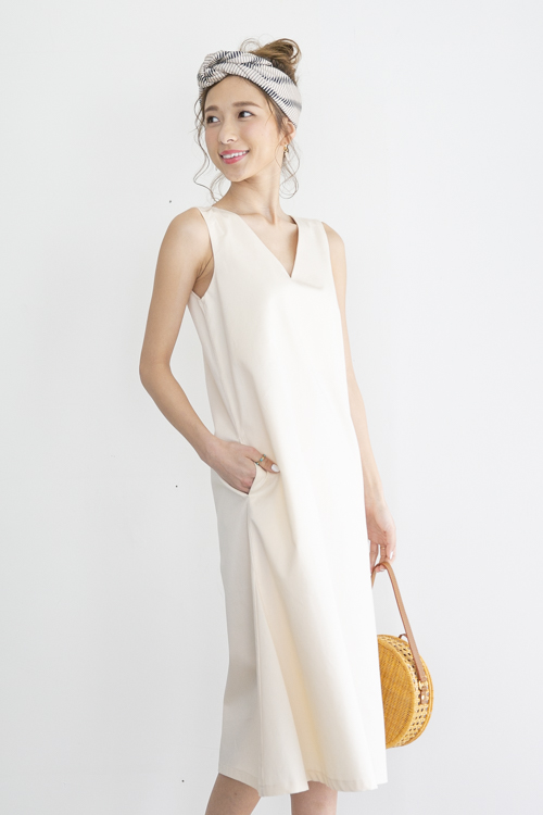 mila.vert side triangle Vneck cotton dress