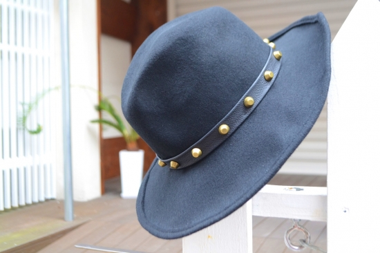 RINASCIMENTO Black hat