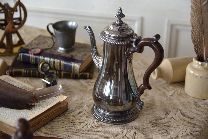 アンティークコーヒーポット.8