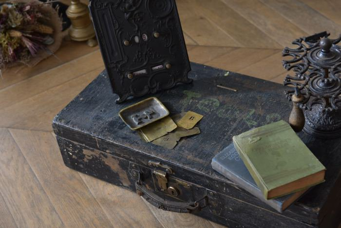 アンティークツールボックス