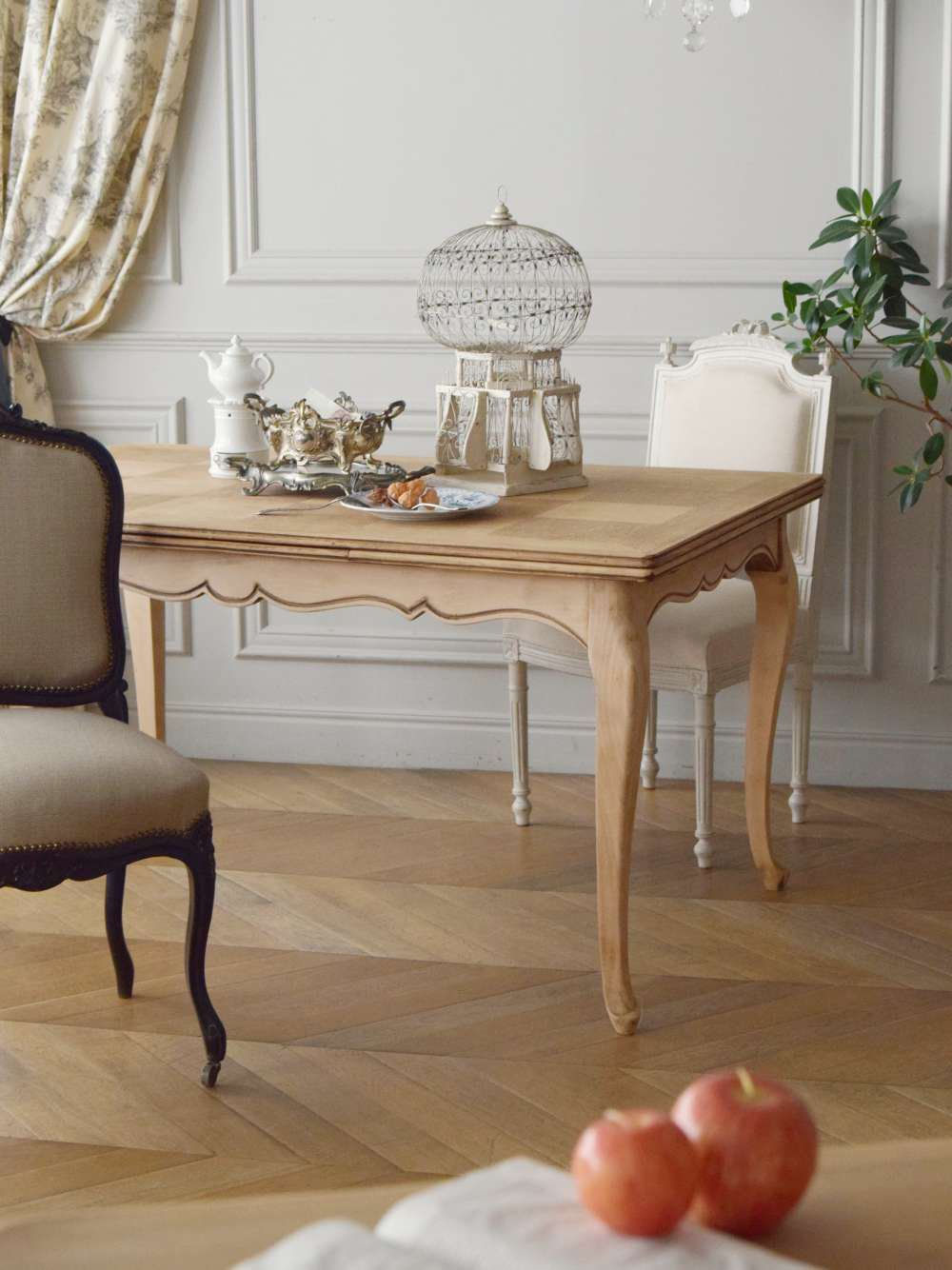 フレンチ伸縮テーブル.3