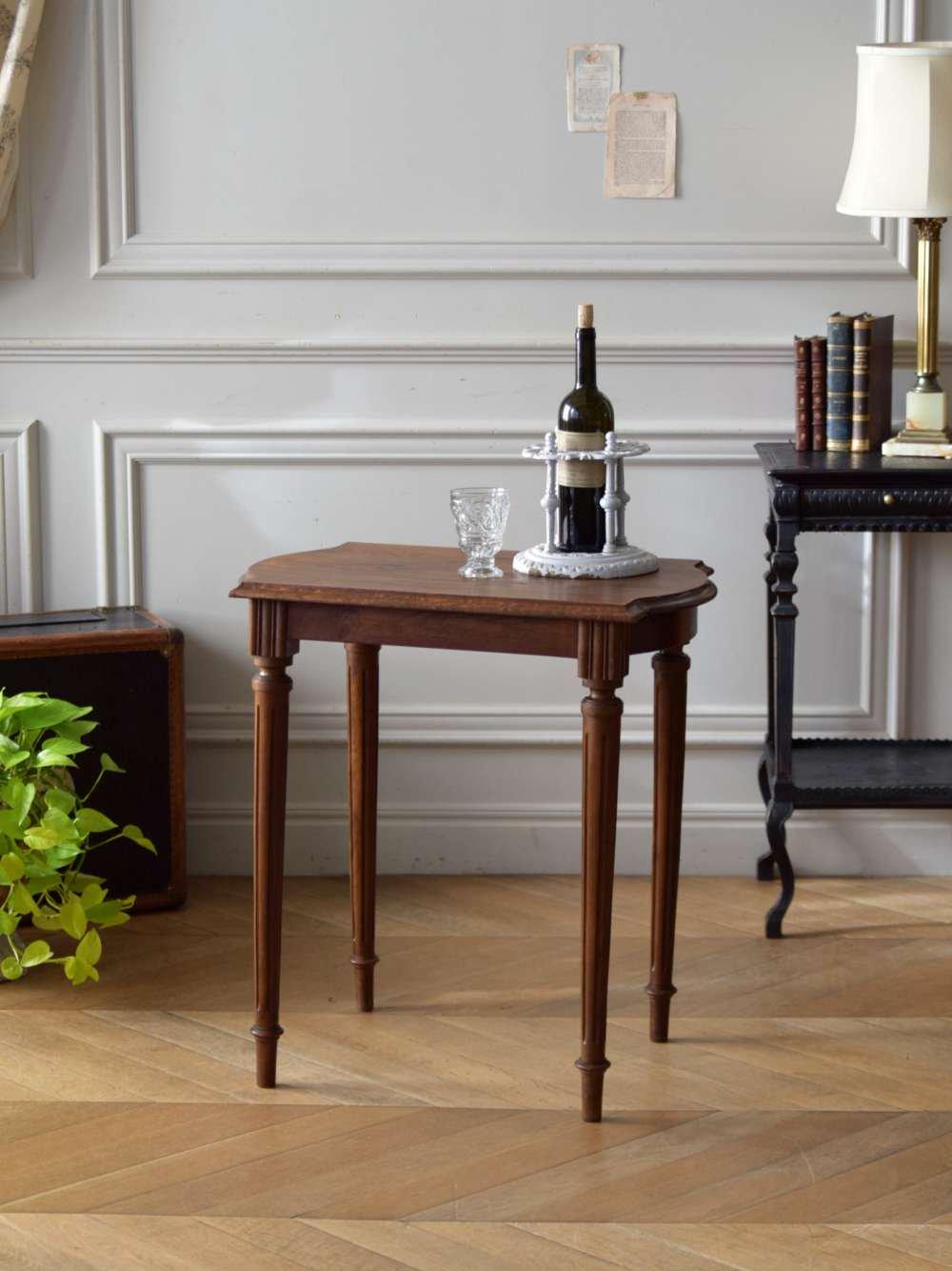 フレンチサイドテーブル.2