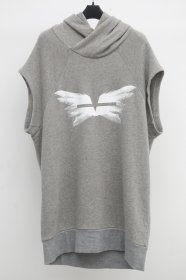 <img class='new_mark_img1' src='https://img.shop-pro.jp/img/new/icons2.gif' style='border:none;display:inline;margin:0px;padding:0px;width:auto;' />JULIUS(ユリウス)  COTTON SWEAT  WINGS  NO SLEEVE HOODIE  (GRAY)