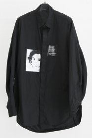 JULIUS(ユリウス)  COTTON TYPEWRITER CLOTH PRINT DROP SHOULDER SHIRTS (BLACK)