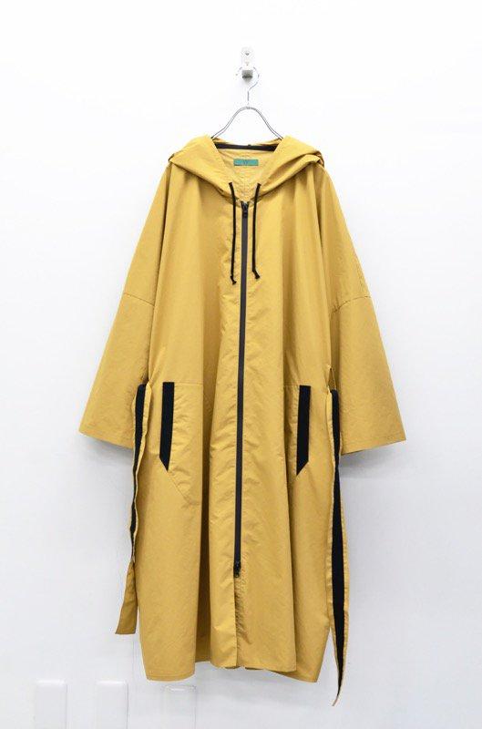 ohta camel rain coat