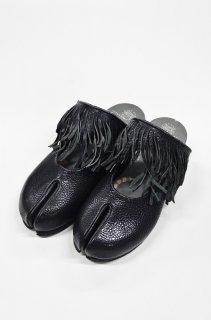 bedsidedrama ホースフリンジの足袋サボ - BLACK