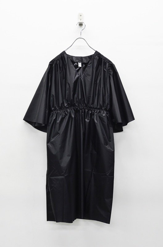 foof コーデュラナイロンフレアスリーブドレス - BLACK