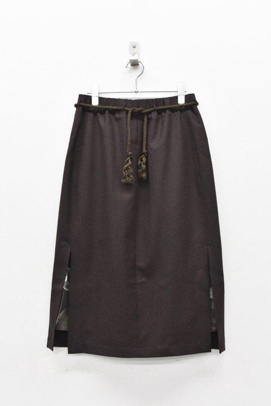 ohta / dark brown skirt