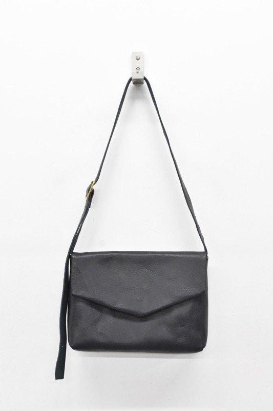 ohta / navy letter bag