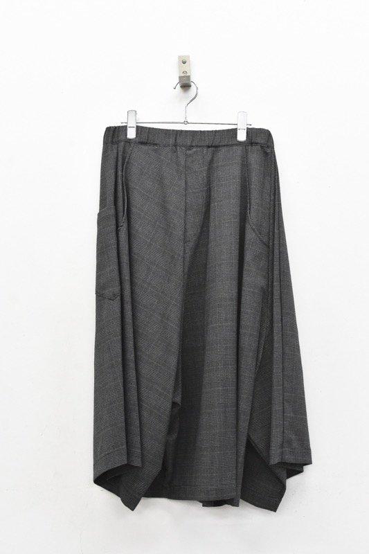 RIDDLEMMA / Three legs pants half - CHARCOAL