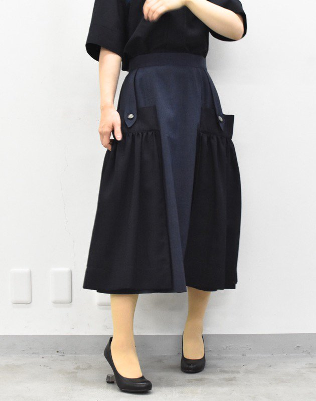 先行予約 YUKI SHIMANE / Wide pocket Skirt - NAVY