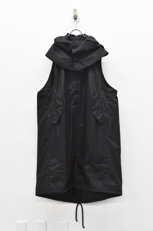 prasthana / 被覆 hooded sleeveless coat - BLACK