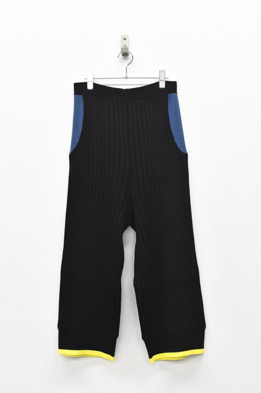 bedsidedrama / Pleats Color Knit Pants - BLACK