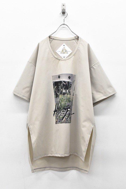 アーカイブ BALMUNG / グラフィックビッグTシャツ - HOMETOWN ベージュ