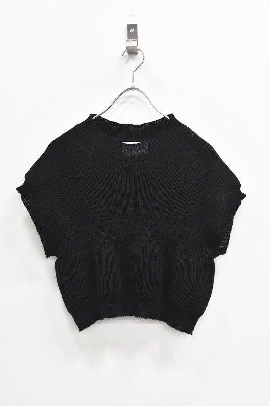 先行予約 YUKI SHIMANE / Tuck up Handknit vest - BLACK