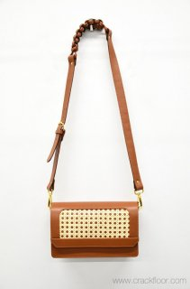 BRADARIC OHMAE VIENNA EVINING BAG - BROWN