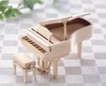 手のひらサイズの楽器 ひのきのピアノ