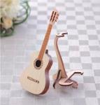 手のひらサイズの楽器 ひのきのクラシックギター