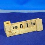 木製カレンダー シャノワール
