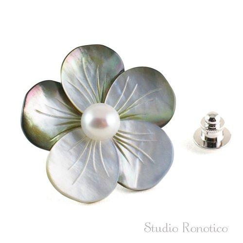 黒蝶貝と本真珠淡水パール お花のブートニエール ピンブローチ ラペルピン