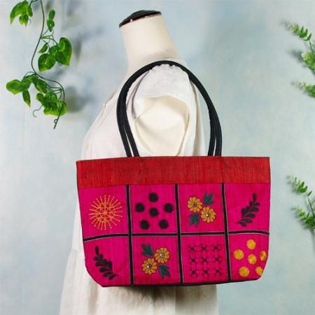 紡ぎ織りシルク刺繍バックr