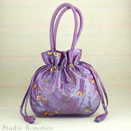 お花モチーフ刺繍のミニ巾着バックppf
