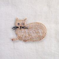 イラストレーター松尾ミユキ 刺繍ワッペン スリムキャット 白ネコ