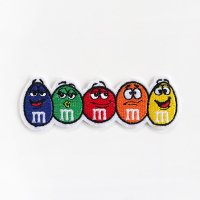 <img class='new_mark_img1' src='https://img.shop-pro.jp/img/new/icons5.gif' style='border:none;display:inline;margin:0px;padding:0px;width:auto;' />ワッペン m&m's チョコレート キャラクター 5連 m&m