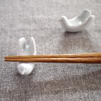 白山陶器(はくさんとうき) 白磁のとり型箸置き