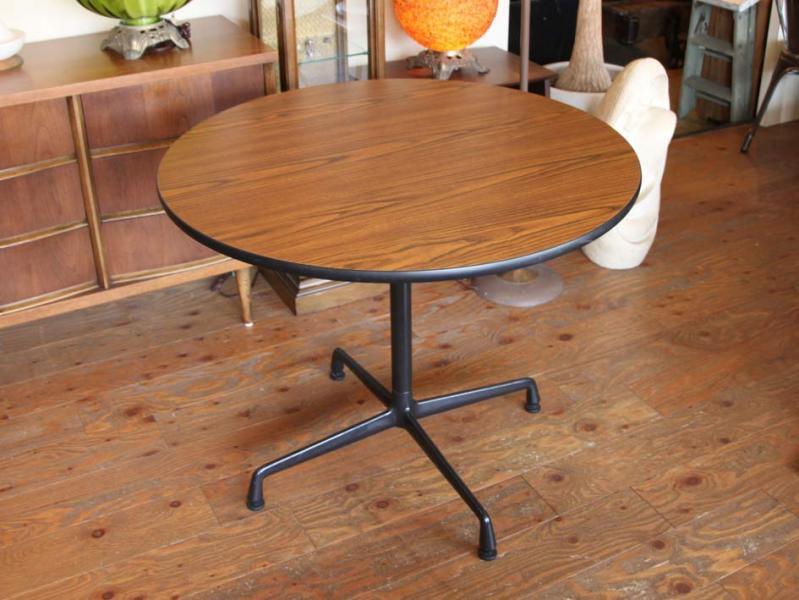 Herman Miller Eames Segmented Base Round Table Rh Ease Antiques Com