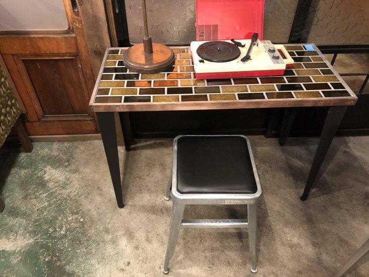 サンプルタイルテーブル