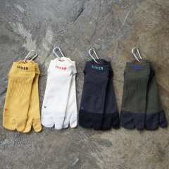 <img class='new_mark_img1' src='https://img.shop-pro.jp/img/new/icons10.gif' style='border:none;display:inline;margin:0px;padding:0px;width:auto;' />ZEN SOCKS / HIKER TRASH