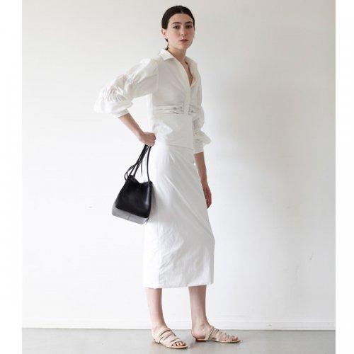 ELIN<br />Stretch Waist Roll Skirt