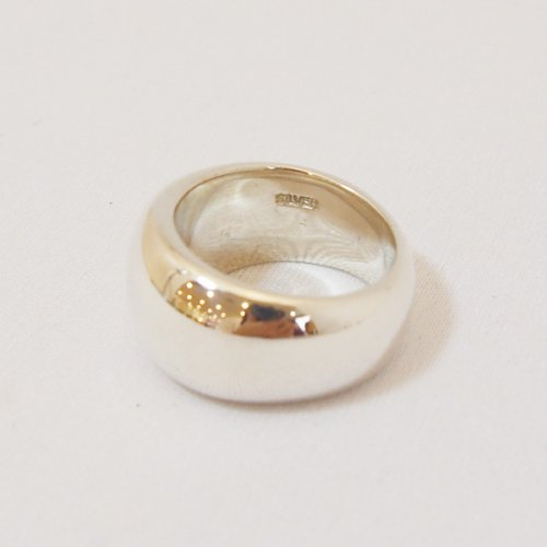 【 r 】アール<br />Plump Ring