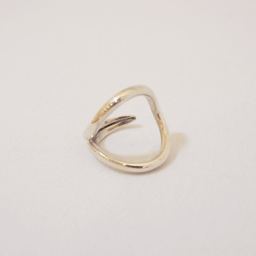 【 r 】アール<br />Drop Ring