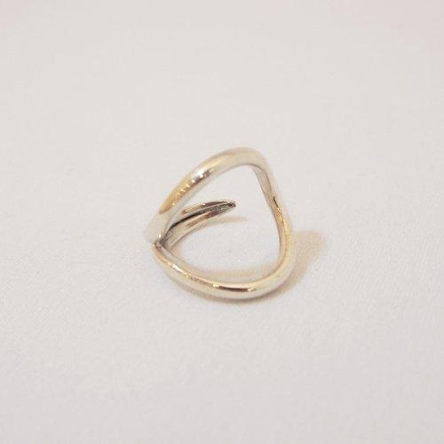 【 r 】アール<br />Drop Ring