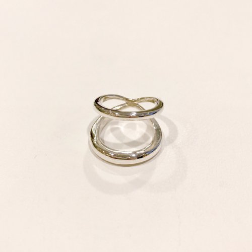 【 r 】アール<br />Infinity Ring